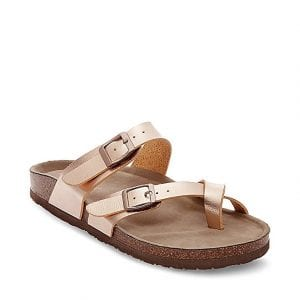 BEST STYLISH WALKING SANDALS FOR TRAVEL - Steve Madden