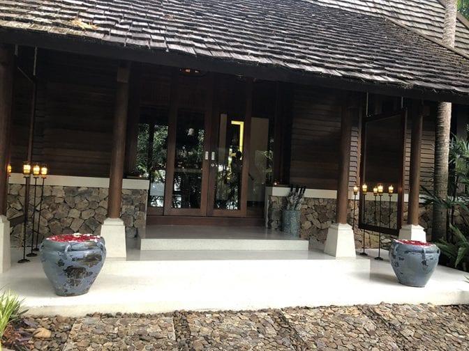 four seasons koh samui review - spa entrance
